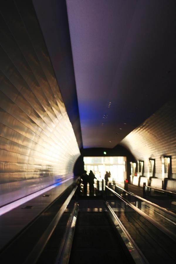 LEDのトンネル