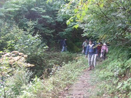 大山、キノコ狩りツアー  参加7名_d0007657_17146100.jpg