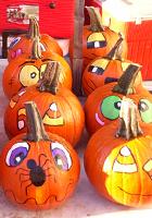 ハロウィンのカボチャでグリーン・マーケットがオレンジ色に_b0007805_11584676.jpg