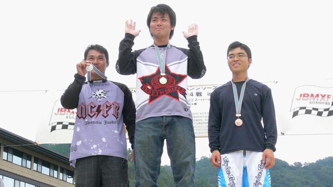 2007ジャパンシリーズ安芸高田市長杯VOL10メン17−24才、25−29クラス決勝の画像垂れ流し_b0065730_22561711.jpg