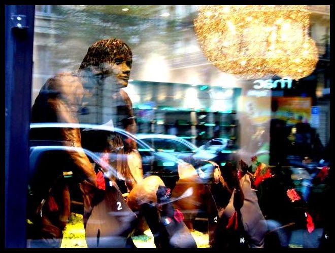 ■街角のチョコレート(パリ)_a0014299_6293888.jpg