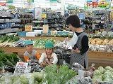♪食育事業 季節の野菜を買いに行きました_c0091507_10285673.jpg