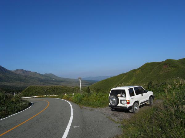 阿蘇中岳へ_c0049299_21125968.jpg