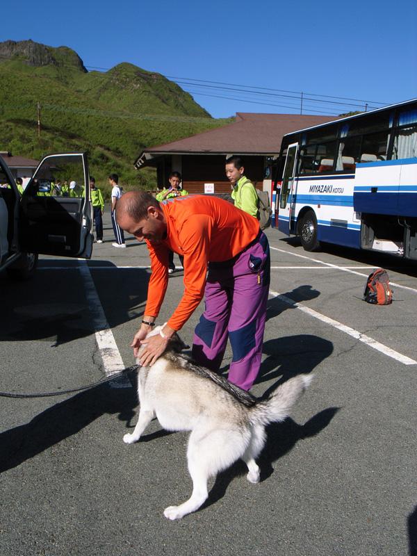 阿蘇中岳へ_c0049299_21141714.jpg