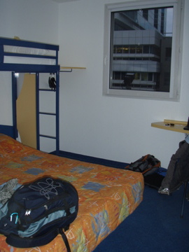 ETAP  HOTEL_c0032193_21391158.jpg
