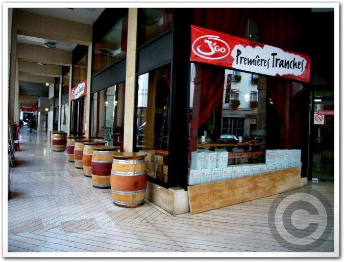 ■マルシェ・サンジェルマンに出来た新しいレストラン(サンジェルマン界隈)_a0014299_19392175.jpg