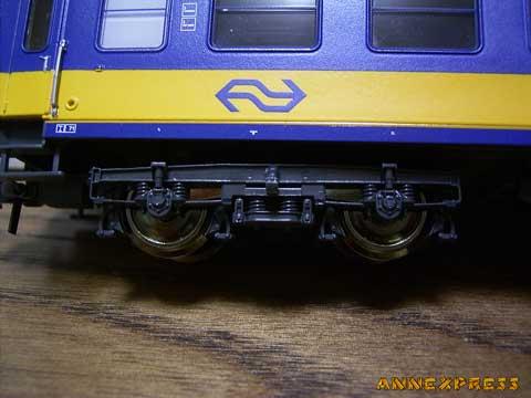 オランダの客車が来た~_c0018117_23311613.jpg