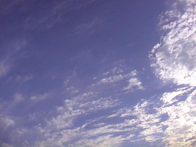 秋の空、秋の雲。_e0060555_16515726.jpg