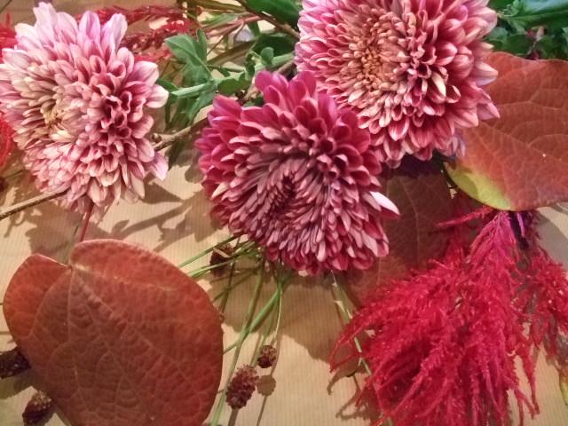 オークリーフ(紅葉をあしらった小さな花束)_f0049672_11512179.jpg