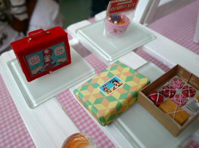 「懐かしのオモチャ箱」展、いよいよ最終日_a0017350_12304535.jpg