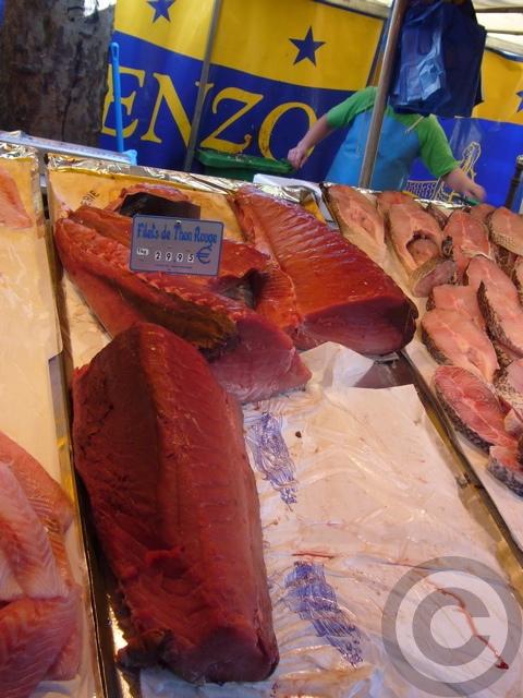■秋のマルシェの魚介類(バスティーユ)_f0063227_6254972.jpg