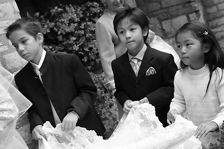 異国の結婚式で・・・_c0024345_20582144.jpg