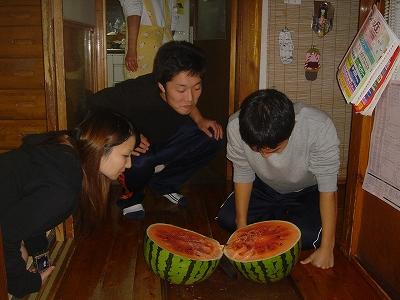 今年の八色西瓜の味は?_b0092684_0224356.jpg