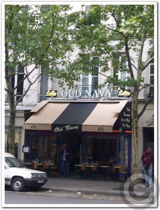 ■リフォームするサンジェルマン・オデオン界隈のキャフェ(パリ)_a0014299_18185897.jpg
