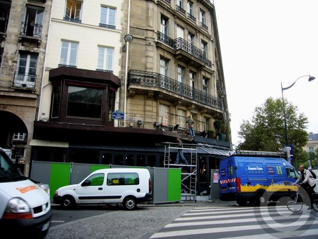 ■リフォームするサンジェルマン・オデオン界隈のキャフェ(パリ)_a0014299_18202448.jpg