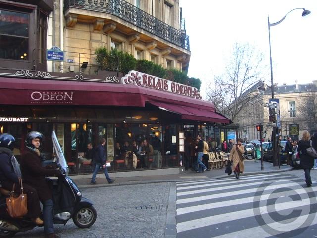 ■リフォームするサンジェルマン・オデオン界隈のキャフェ(パリ)_a0014299_18435754.jpg