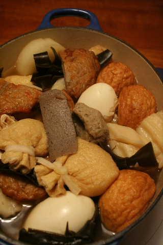 鍋の季節♪―石狩鍋&おでん_f0141419_6859100.jpg
