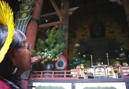 長老ラオー二、日本を行く  (3) 精霊が見えるか?_f0141559_353282.jpg