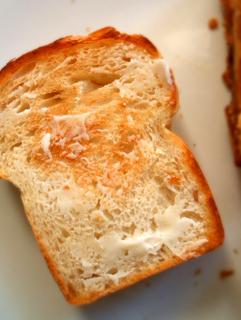 生クリームミニ食パンとプルーンクッペ_c0110869_136532.jpg
