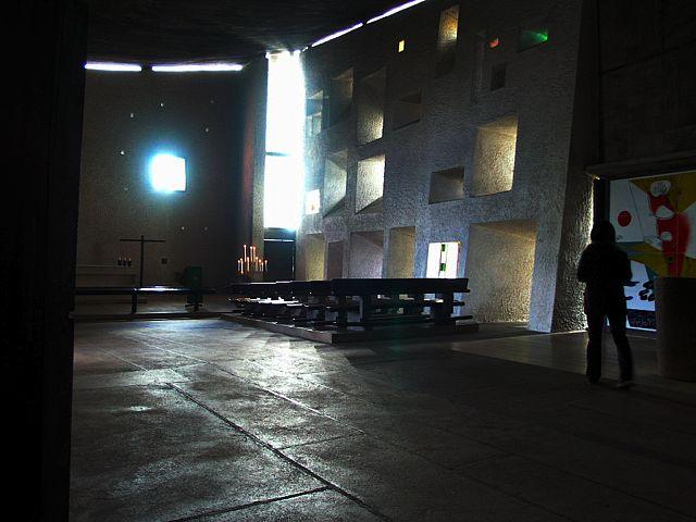 ロンシャンの教会_d0027290_1336507.jpg