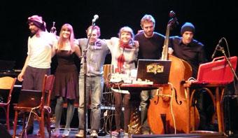 アイスランド音楽フェスIceland Airwaves2日目:KiraKira, Nilfisk,Stereo Hypnosis, Worm is Green他_c0003620_9113989.jpg