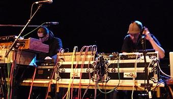 アイスランド音楽フェスIceland Airwaves2日目:KiraKira, Nilfisk,Stereo Hypnosis, Worm is Green他_c0003620_99151.jpg