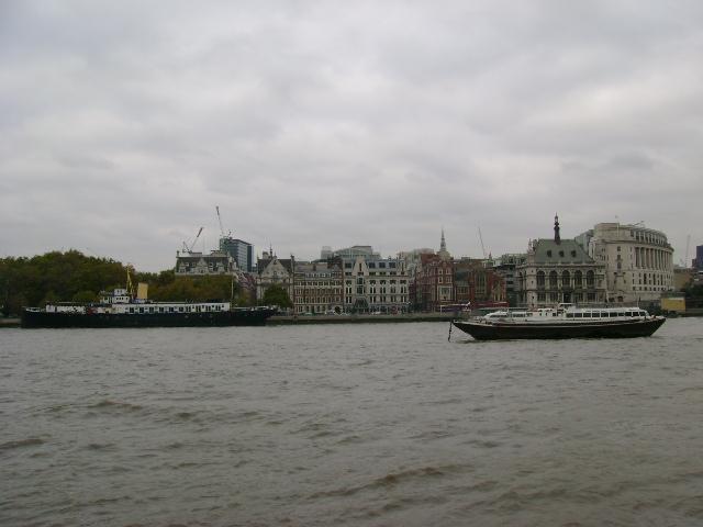 ロンドンらしい、ろんどん☆_d0104926_5205851.jpg