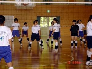 中学生バレーボール教室①_d0010630_1645247.jpg