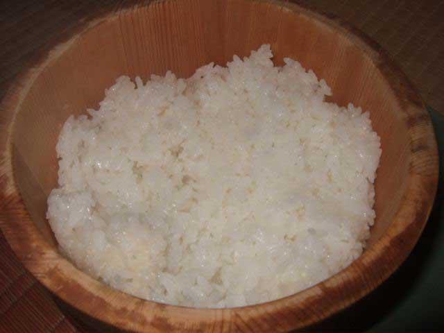 〆はやっぱりご飯とお味噌汁_a0095931_16232821.jpg