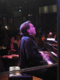 Mike Del Ferro Trio、TRIO\'のツアー、無事に終わりました!今はBBB+Jacqeeのツアーをやっています!_e0125069_9495729.jpg