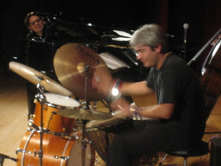 Mike Del Ferro Trio、TRIO\'のツアー、無事に終わりました!今はBBB+Jacqeeのツアーをやっています!_e0125069_9502472.jpg