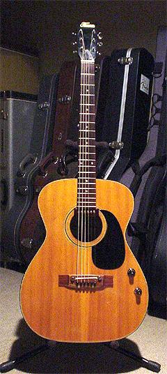 初めてのギター『Thomas EF-190』_c0137404_22393158.jpg