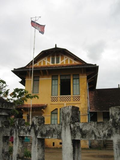 カンボジアへ_f0055745_19532566.jpg