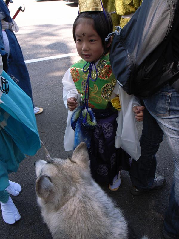 お祭りの子供たち_c0049299_2036351.jpg