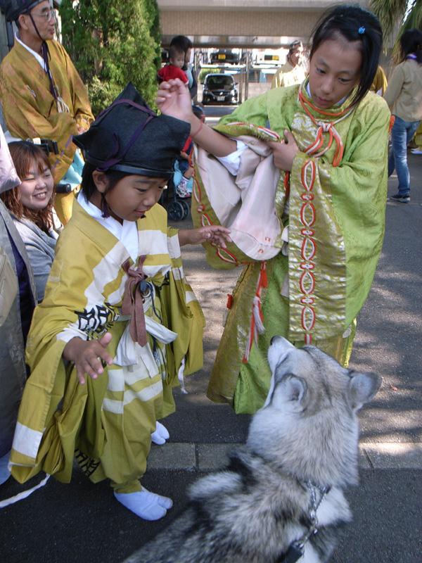お祭りの子供たち_c0049299_20363934.jpg