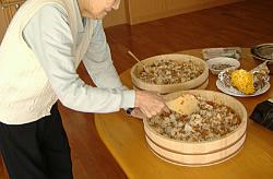 お昼ごはん作り 和食編<アクティブライフ山芦屋・グループホーム>_c0107602_9103573.jpg