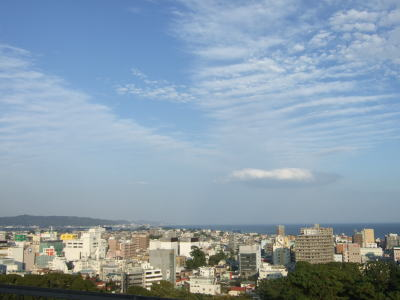 10月29日小田原城から望む三浦半島