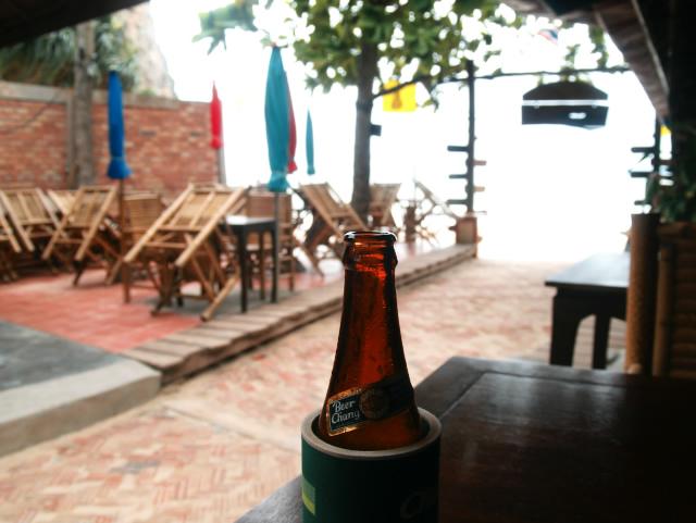 タイの風景 南の島は、やっぱりビールが美味い_f0024992_8423725.jpg