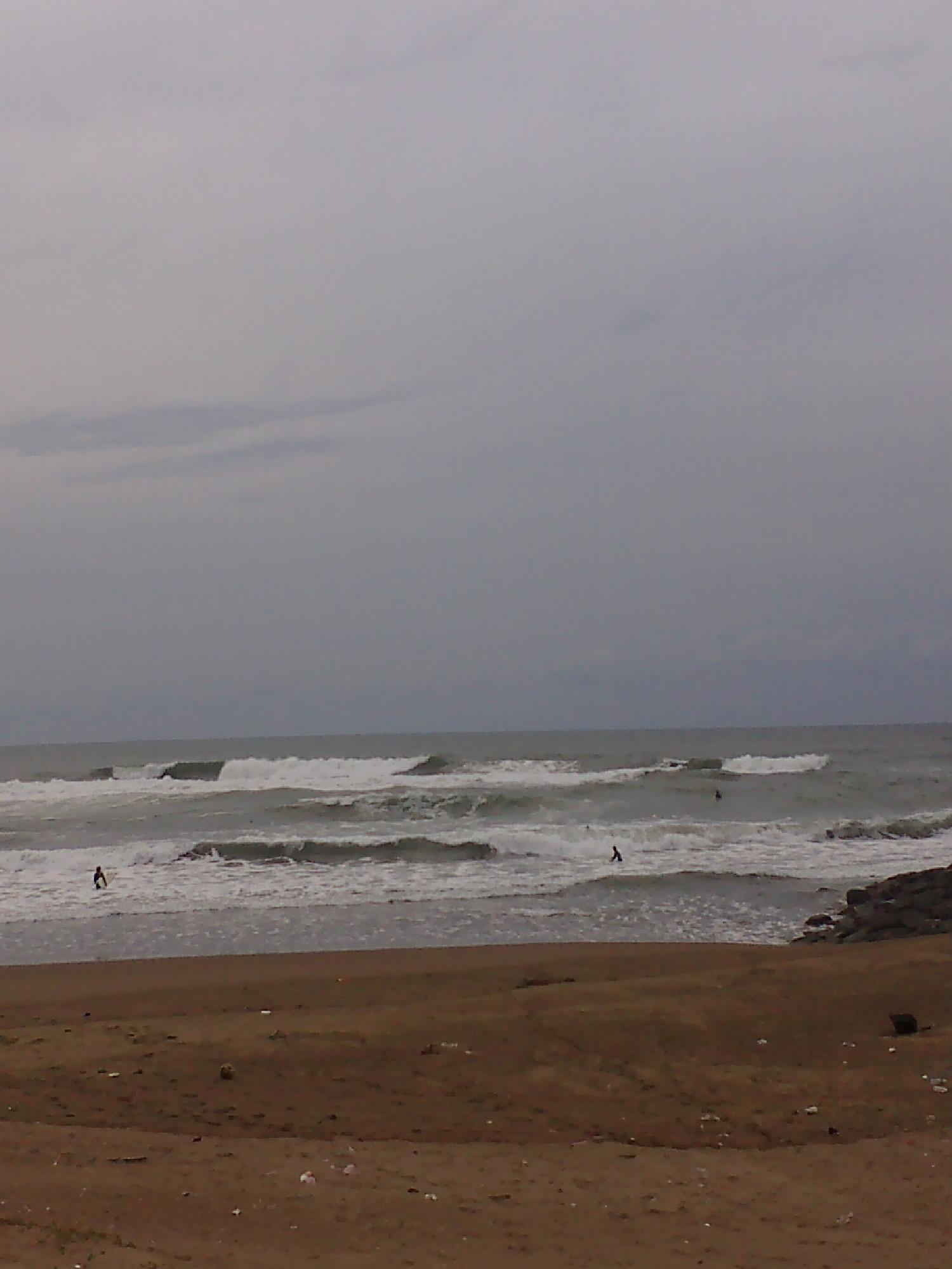 海 10月30日 16:30 いけす_b0112351_1629167.jpg