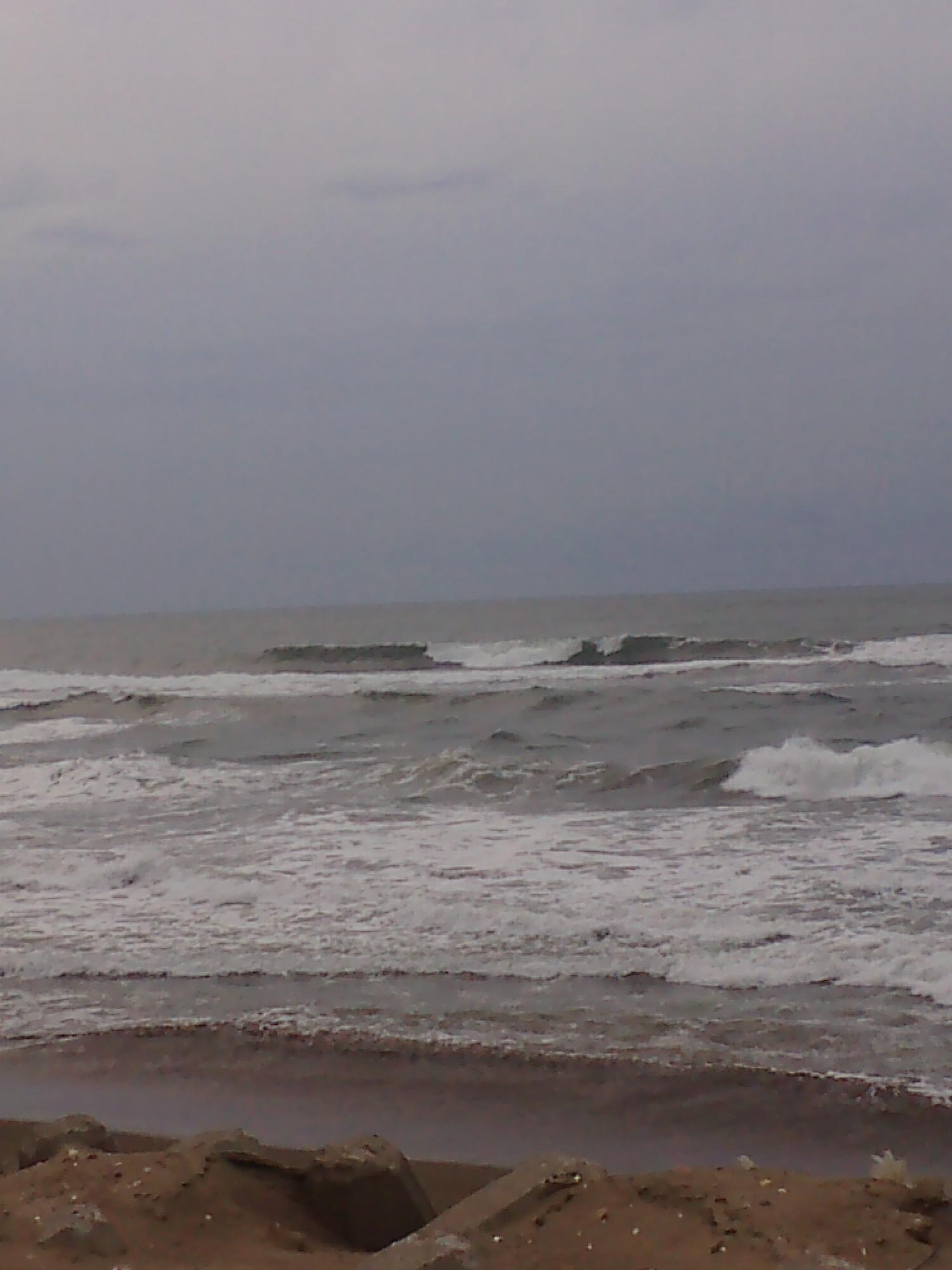 海 10月30日 16:30 医科大裏_b0112351_16351397.jpg