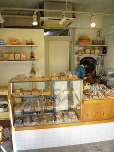 10月31日 近所のパン屋さん