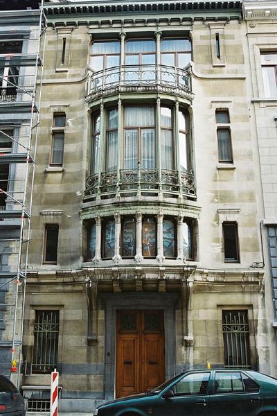 52 タッセル邸(旧テュリン街の家)maison Tassel 1893 95)victor Horta Brussels Belgium No 1 6 近代建築ゼミ Modern