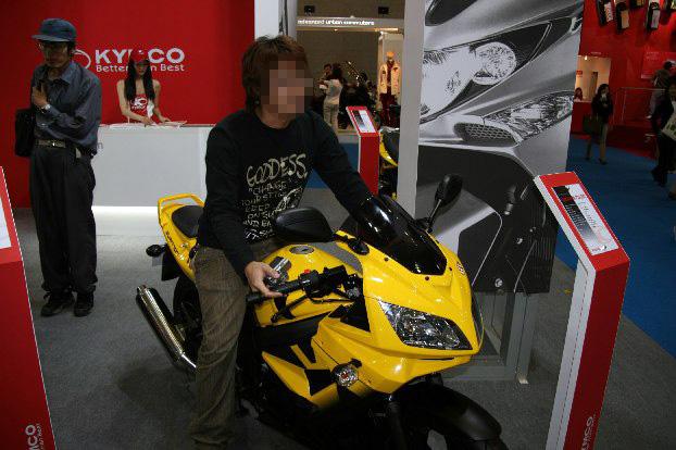 モーターショーに行ってきた_f0141609_12323713.jpg