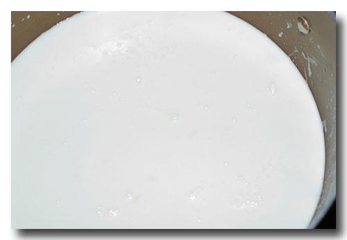 ホワイトソースの作り方........ グラタン、ラザーニャ、etc_d0069838_917506.jpg