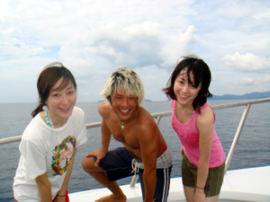 美人姉妹とダイビング!_f0144385_1812739.jpg