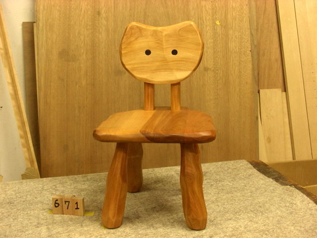 こねこ椅子完成_e0072513_923490.jpg