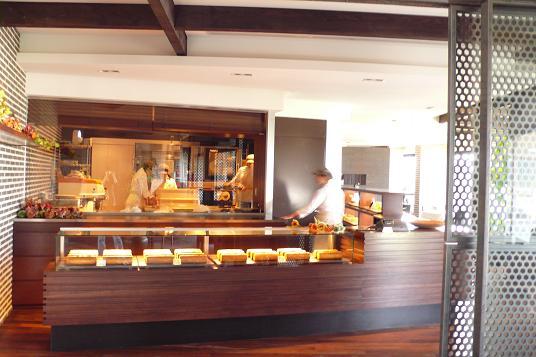 福岡の西の郊外レストラン「風の邸」_c0116778_7391659.jpg
