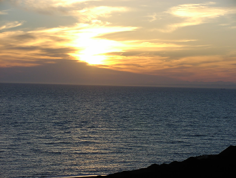 陽が沈むころ   11月5日_f0113639_19235911.jpg
