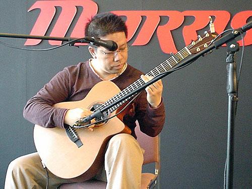 楽器フェアで南澤大介さん&中川イサトさんのライブを見て来ました_c0137404_253787.jpg