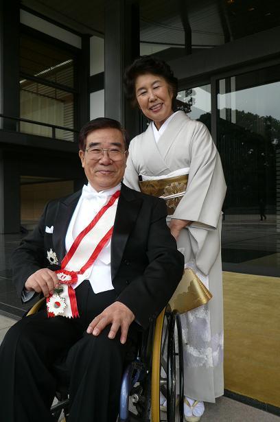 叙勲の親授式に行ってきました。_e0034308_19372273.jpg